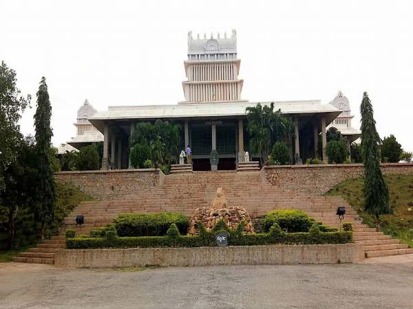 ಕನ್ನಡ ವಿಶ್ವವಿದ್ಯಾಲಯದ ವಿವಿಧ ಕೋರ್ಸ್ಗಳಿಗೆ ಅರ್ಜಿ ಆಹ್ವಾನ