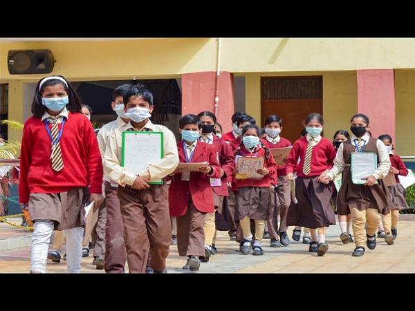 ಎಲ್ಲಾ ಶಾಲೆಗಳಲ್ಲಿಯೂ ಶೇ.30%ರಷ್ಟು ಬೋಧನಾ ಶುಲ್ಕ ಕಡಿತ: ಸರ್ಕಾರ ನಿರ್ಧಾರ