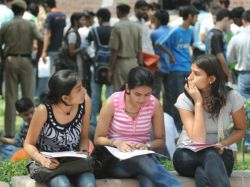 Neet 2019 Exam On May 20th For Train Delayed Karnataka Stude